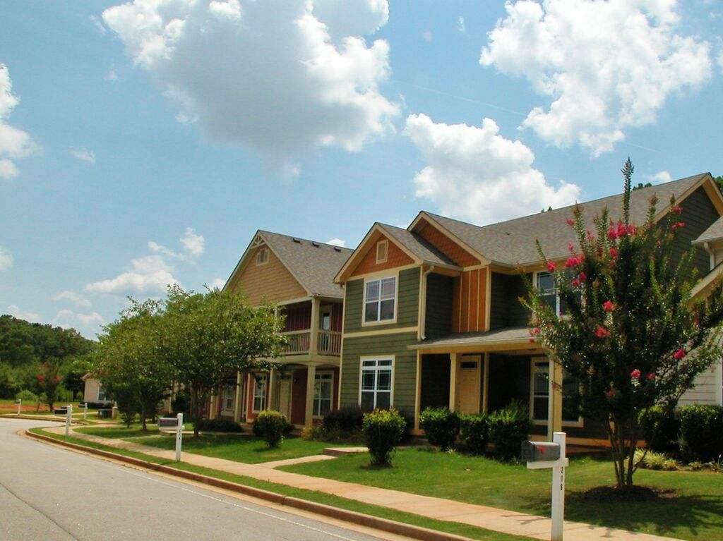 美国买房房产税要交多少?中国人在美购房物业费怎么交? - 得居房产百科